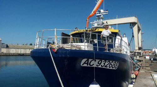 Lestage bateau à l'aide d'un béton lourd