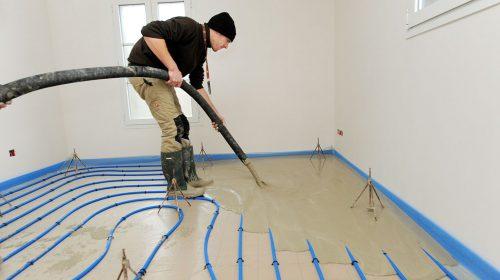 Appliaction chape fluide sur plancher chauffant à eau